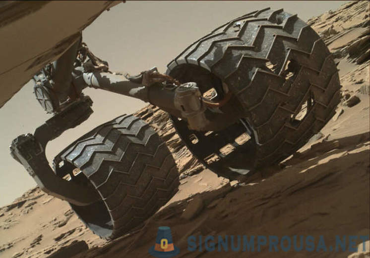 The NASA developed tires with a memory effect for the new Mars rover