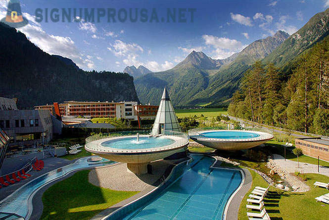Thermal spa Aqua Dome in the mountains of Austria