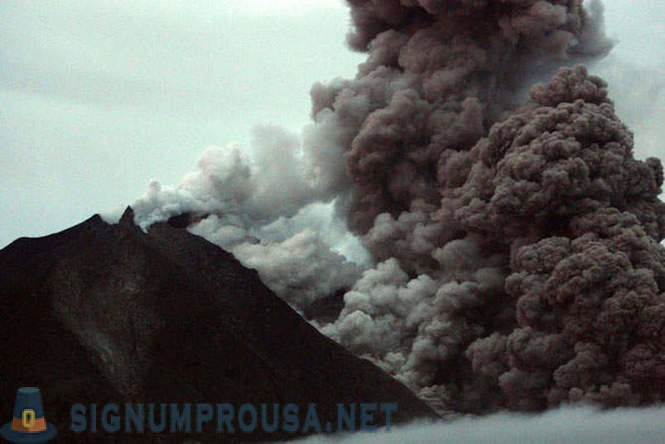 Volcanoes, which erupt at the moment
