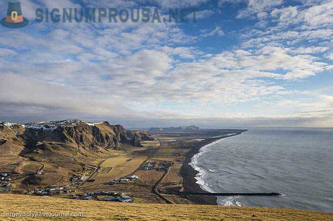 Iceland off-road - the southernmost point of the glacier and the lagoon